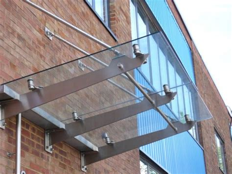 suspended awning sc25 suspended glass canopy offices london street structures
