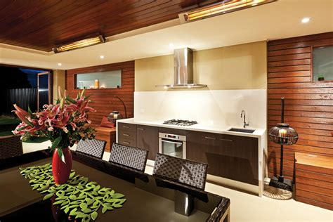 Cooking Capers A Look At Outdoor Kitchens Completehome Alfresco Kitchen Designs