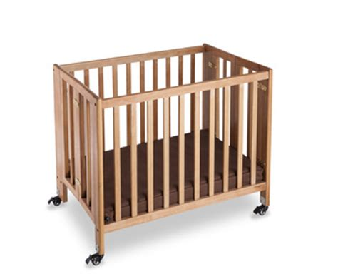 Hotel Baby Cribs Hotel Folding Solid Wood Baby Crib Bed With Retardant Mattress Durable Swivel Casters