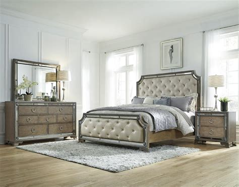 Piece pulaski karissa mirrored accent bedroom set