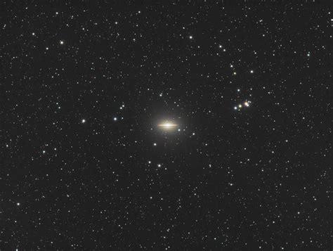 sombrero galaxy planets the sombrero galaxy m104 astronomy magazine