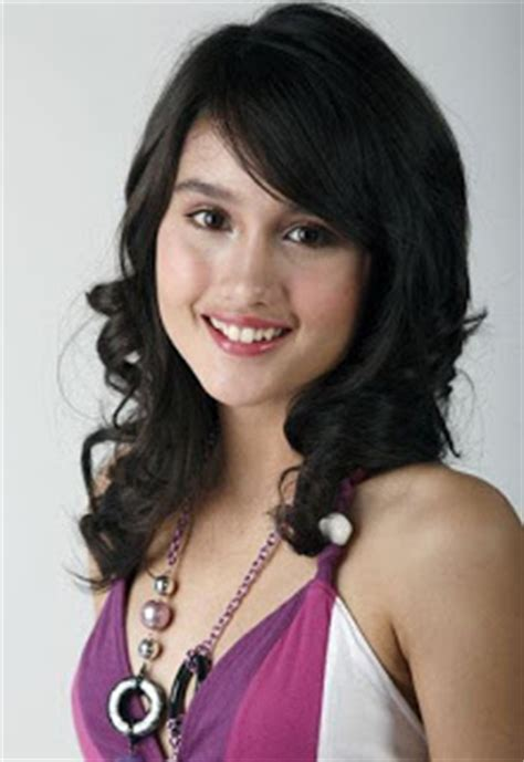 video film cinta laura cinderella selebritis indonesia cantik ayu cinta laura kiehl in