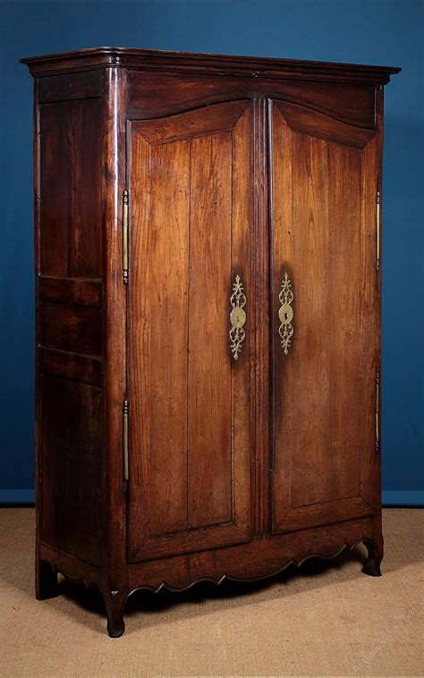 armoire or wardrobe 19thc french oak armoire or wardrobe c1800 antiques atlas