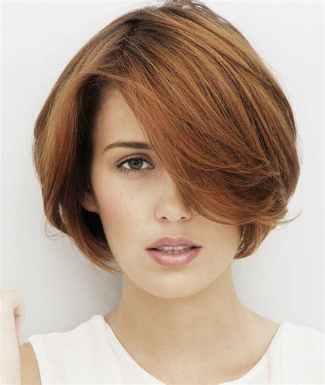 fashionable short  medium hairstyles