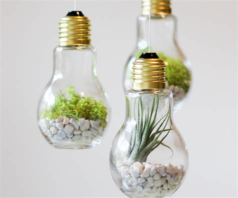 Handmade Light Bulbs - 14 brilliant ways to reuse light bulbs thegoodstuff