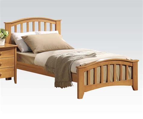 maple bed 08940t san marino bed maple finish slick furniture
