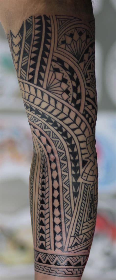 polynesian style tattoo polynesian style sleeve st