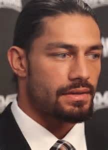 reigns eye color reigns gifs find on giphy