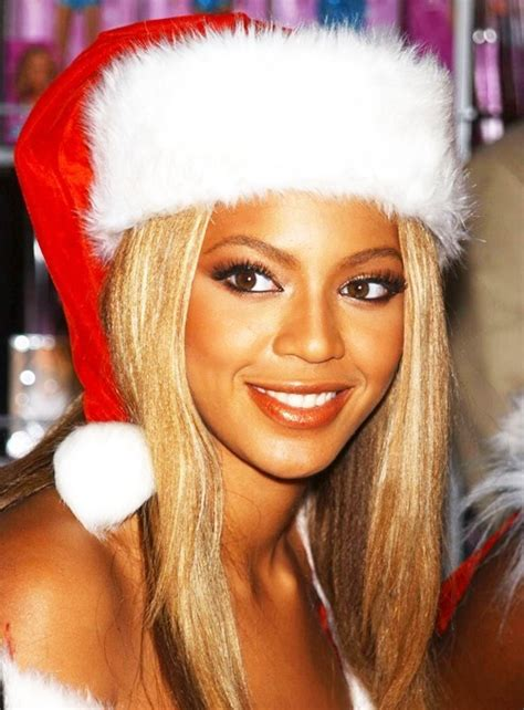 now this is the christmas spirit beyonce gives every