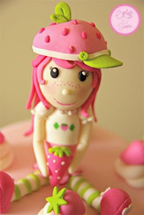 Strawberry Shortcake Cake Decorations by Strawberry Shortcake Cake Topper Cynfullysweets