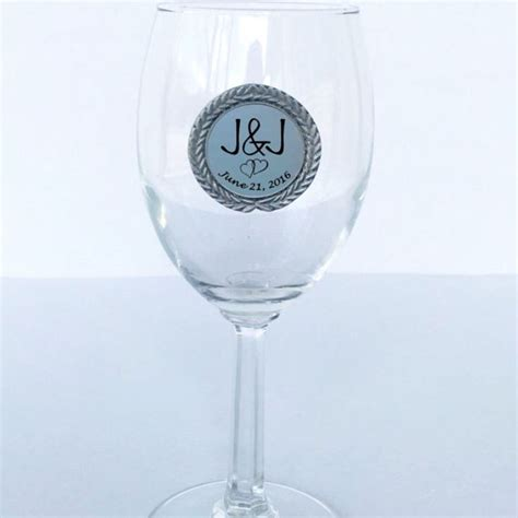 Wedding Gift Wine For Occasions by 1000 Images About Wedding Engagement Keepsake Gifts