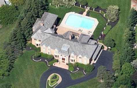 bob stoops house the 10 highest paid college football coaches and their homes