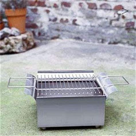 feuerschale mit grillaufsatz holzkohlegrill gartengrill und kohlengrill f 252 r balkon