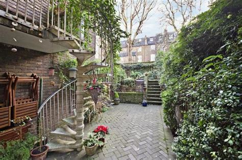 Split Level Bedroom 4 Bedroom House For Sale In Logan Place Kensington