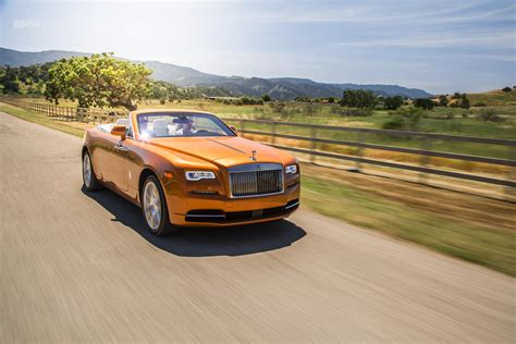 roll royce dawn first drive rolls royce dawn luxury as a lifestyle