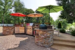 St Louis Patios Poolside Outdoor Kitchen Contemporary Patio St Louis