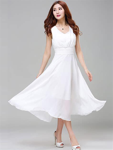 White Round Neck Sleeveless Flare Long Casual Dress