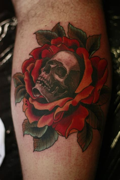 skull and rose tattoo on thigh skull and roses tattoos designs ideas and meaning