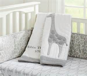 Baby Bedding Giraffe Best 25 Giraffe Nursery Ideas On Baby Nursery