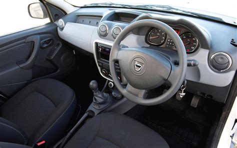 interior duster review dacia duster interior inside pictures