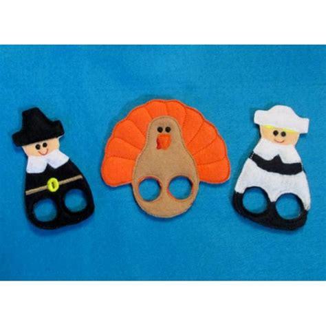 printable turkey finger puppets thanksgiving finger puppets nobbieneezkids