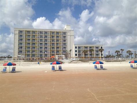 Garden Inn Daytona Fl by View Of The Bermuda House Hotel In Daytona Picture