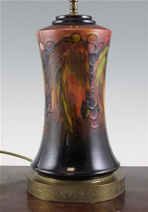 Moorcroft L Base Value by A Moorcroft Flambe Leaf And Berry Pottery L Base 12 25