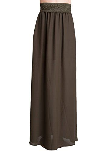 will you help me find a small sized green maxi