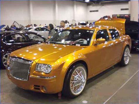Custom Chrysler 300 Accessories by 2005 Chrysler 300