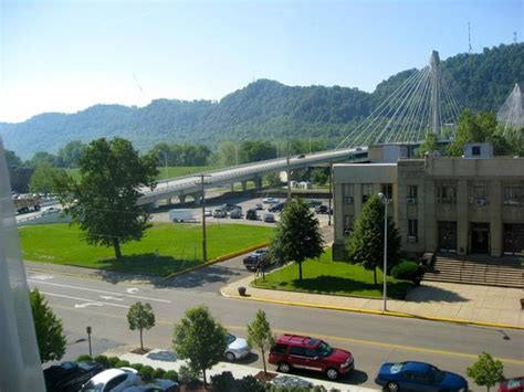 the 10 best portsmouth hotels tripadvisor view from room towards ohio river picture of holiday inn