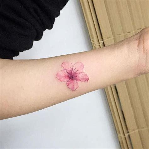 tattoo oriental com flores 25 melhores ideias sobre tatuagens de flor de cerejeira
