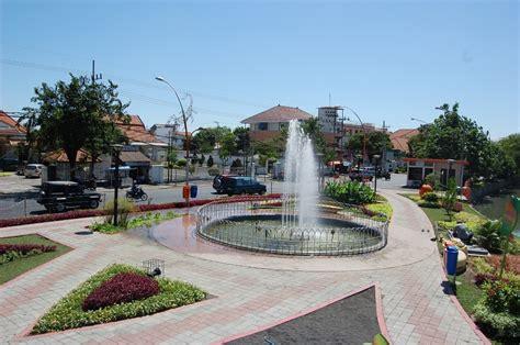 layout taman bungkul lokasi taman bungkul surabaya the one of prefab modern