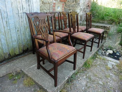 chippendale möbel a set of 7 chippendale mahogany dining chairs antiques atlas