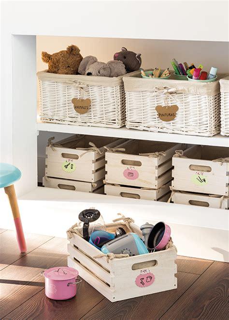 como decorar una caja para guardar juguetes como guardar y ordenar los juguetes de los ni 241 os