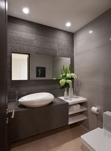great ideas    grey textured bathroom tiles