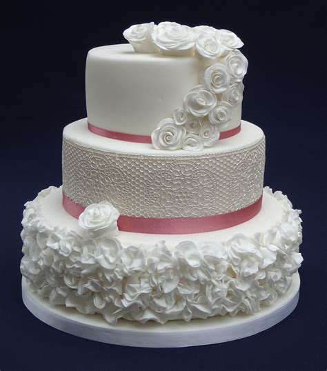 variety of wedding cakes wedding cakes ticky dix cakes woking surrey