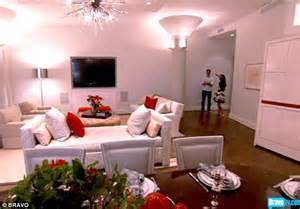 bethenny frankel tribeca apartment inside bethenny frankel and husband s lavishly renovated