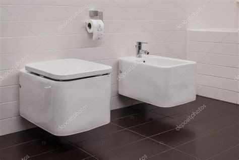 bidet sanitär sanita e bid 233 casa de banho stock photo 169 photographee