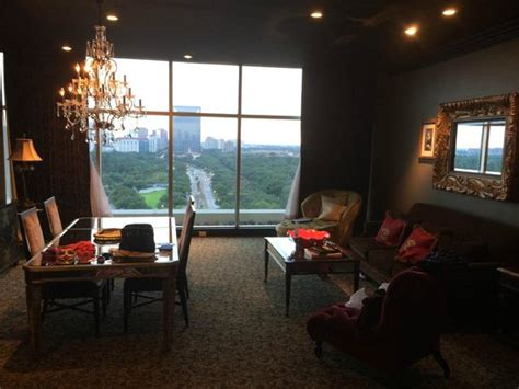 Rooms To Go Houston Locations by Living Room View Fatal Charms Picture Of Hotel Zaza