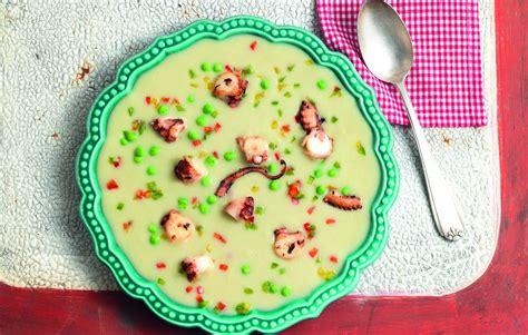 cucinare polpo con patate ricetta vellutata di cannellini e patate con polpo