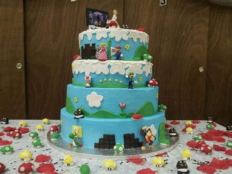 Hochzeitstorte Nintendo by 11 Beautiful Themed Wedding Cakes Bc Gb