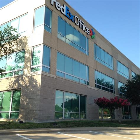 Fedex Office Location by Fedex Office Corporate Offices Shipping Store In Plano