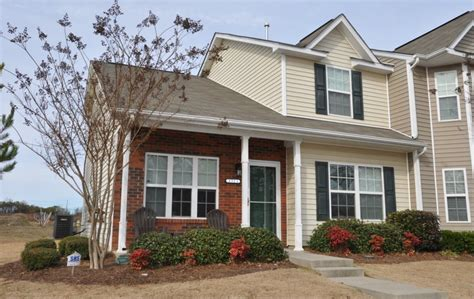 3 bedroom houses for rent in nc for sale town houses with 3 or more bedrooms