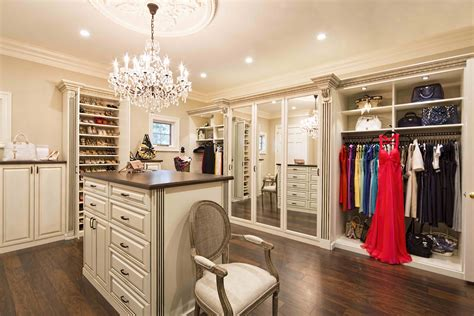Big Wardrobe Lighting Options For Your Closet