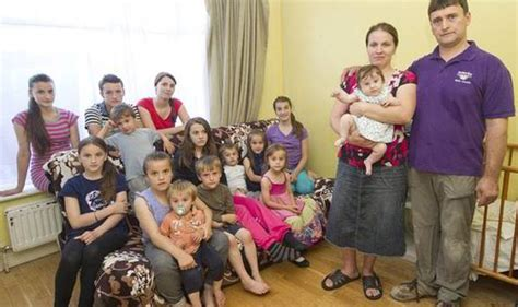 Wants 14 Children by Exclusive Migrant Family Of 17 On 163 55k A Year Benefits