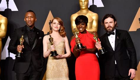 Room Oscar Nominations Oscar Winners 2017 See The Complete List Oscars 2017