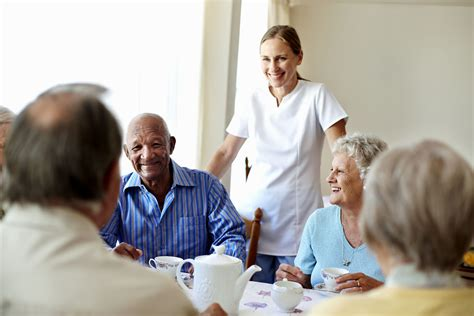 nursing homes vs assisted living facilities