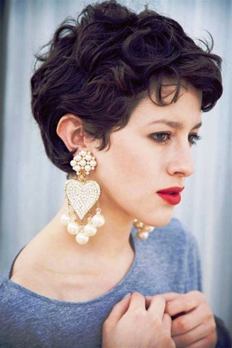 hairstyles for coarse wavy hair 50 best 20 curly pixie haircuts ideas on pinterest pixie
