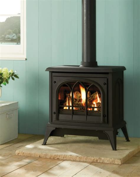 superior fireplace company the salisbury chesney s solid