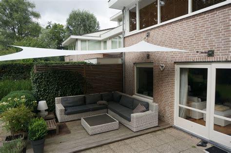 tuin zonnedoek zeiloverkapping voor terras in haarlem hoover concepts